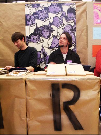 Cav og Allan Haverholm i Rackhams stand på Komiks.dk 2004